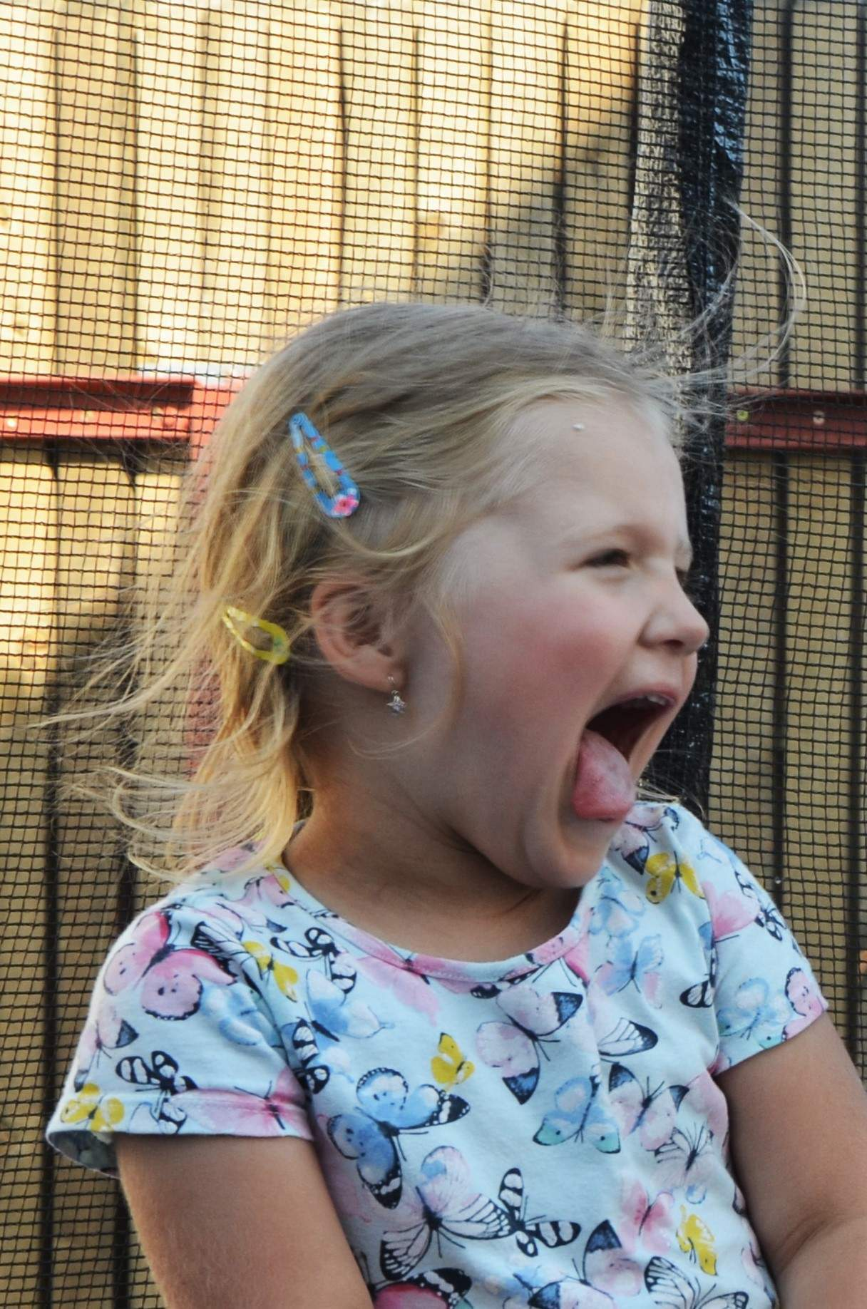 rajce idnes girl tongue