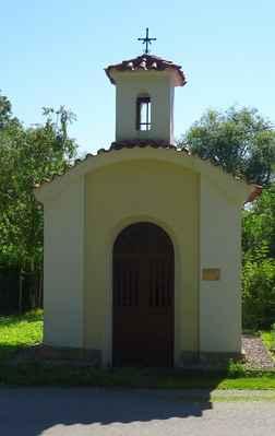 Bašť - kaple se zvoničkou Baštěk - A - Bašť, U Kapličky, část Baštěk