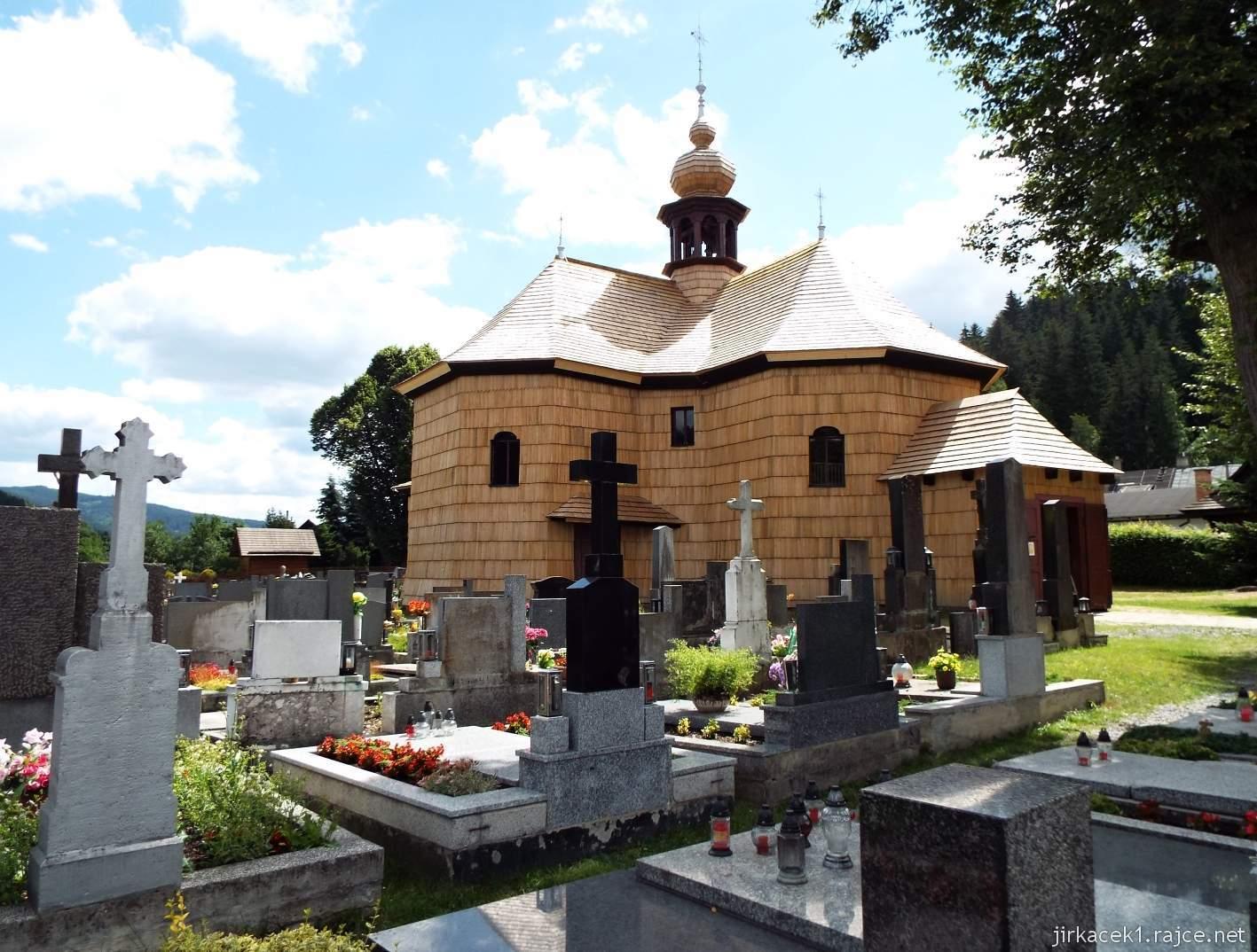 Velké Karlovice - Kostel Panny Marie Sněžné 01 - celkový pohled