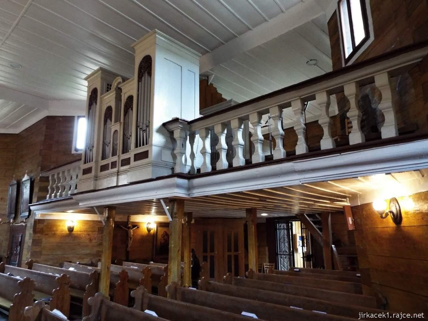 Velké Karlovice - Kostel Panny Marie Sněžné 13 - interiér kostela - kruchta