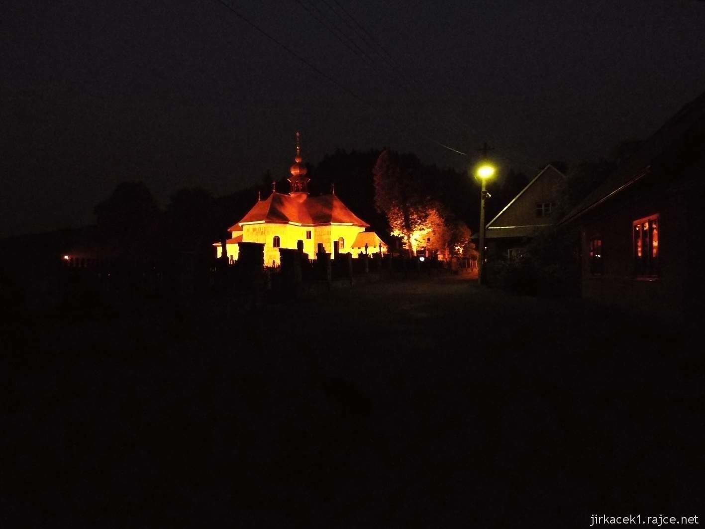 Velké Karlovice - Kostel Panny Marie Sněžné 26 - v noci