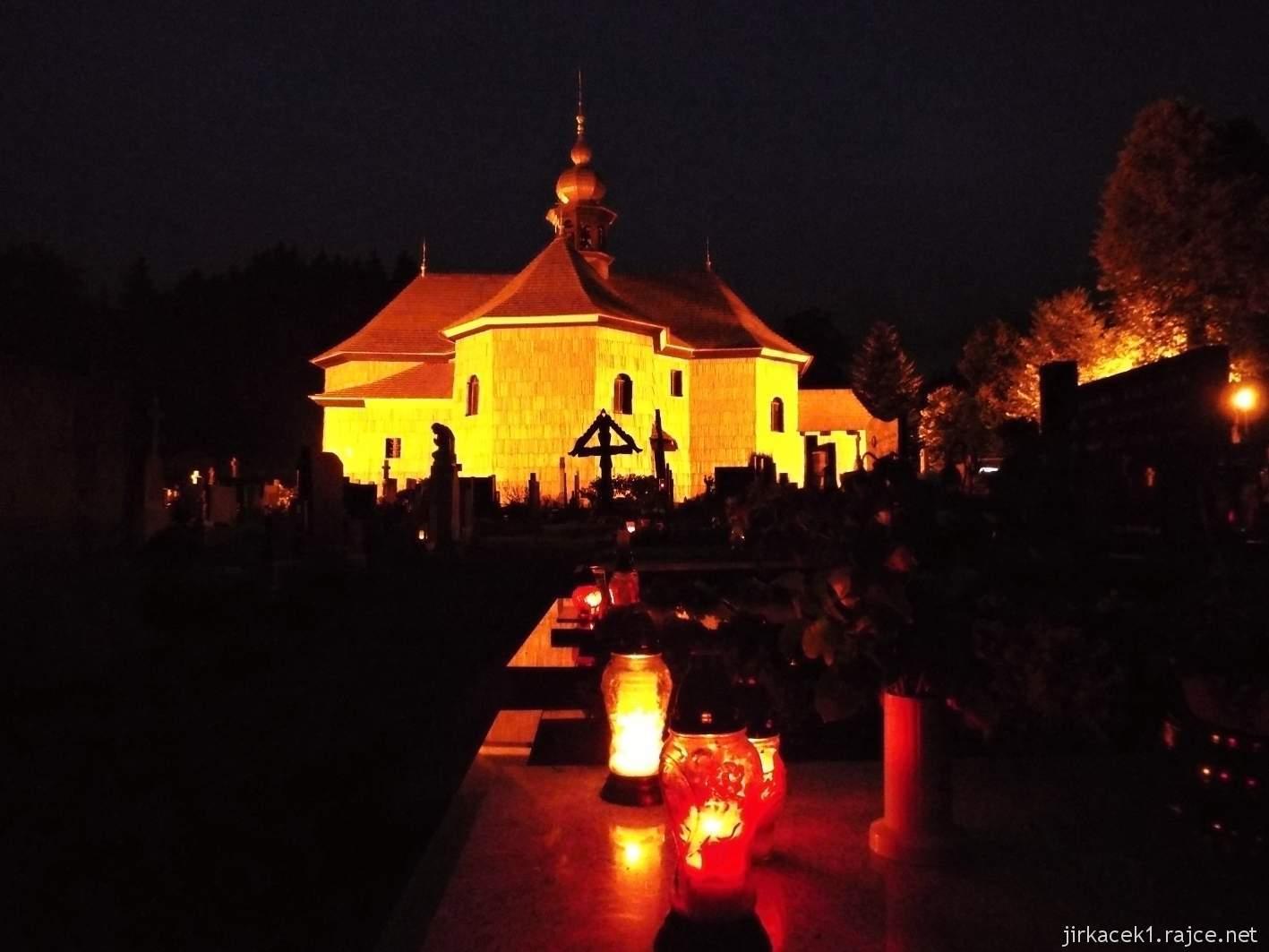 Velké Karlovice - Kostel Panny Marie Sněžné 29 - v noci