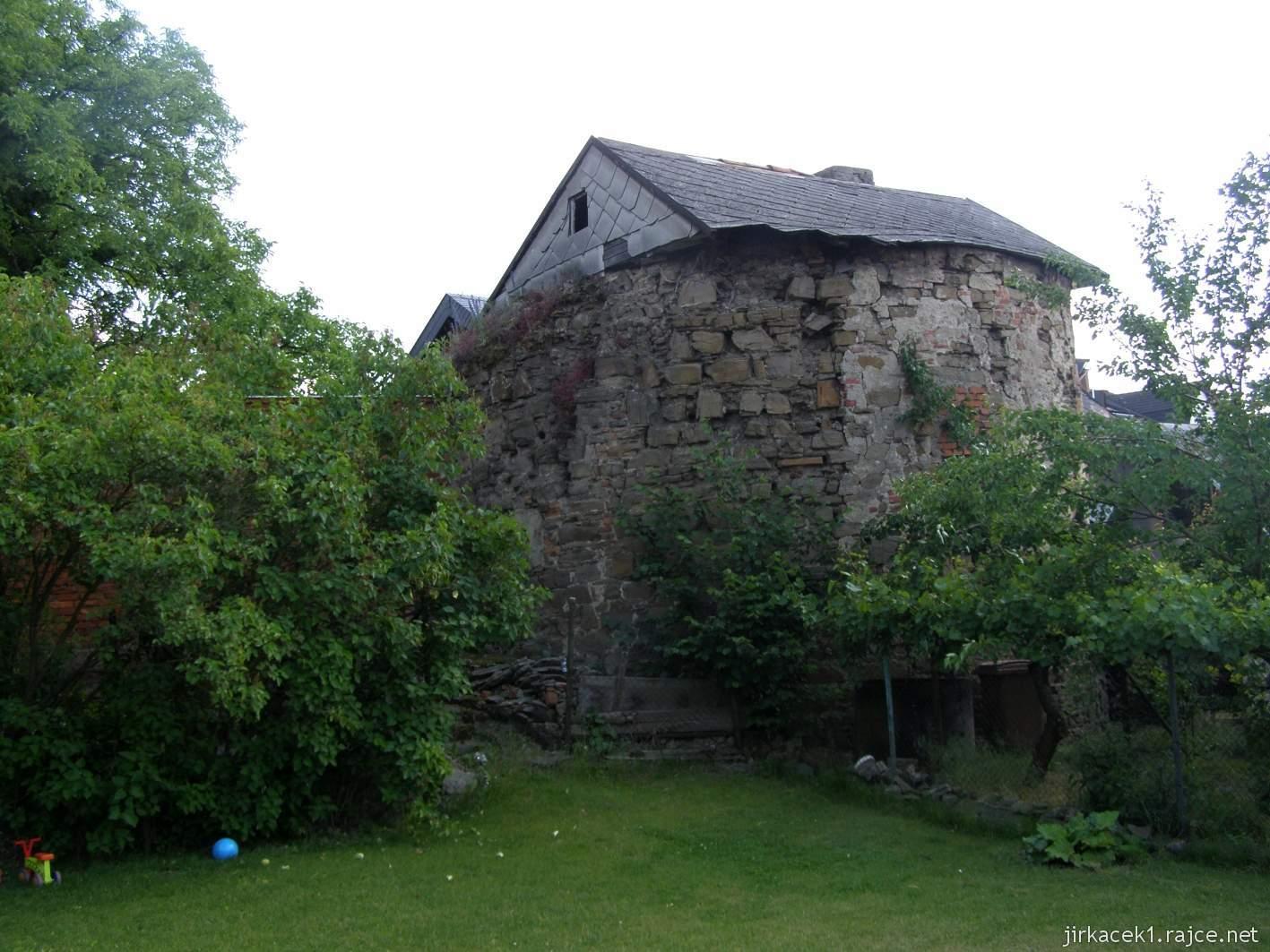 Hlučín - hradby 04 - bašta v ulici na Valech