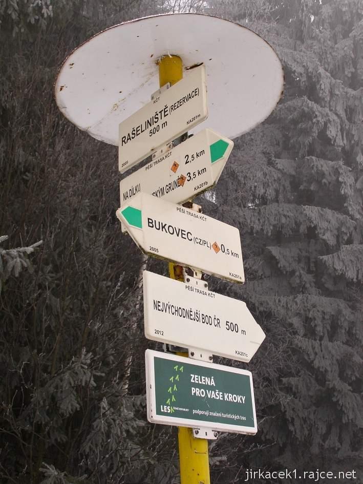 Bukovec - přírodní rezervace a rašeliniště - rozcestník u parkoviště