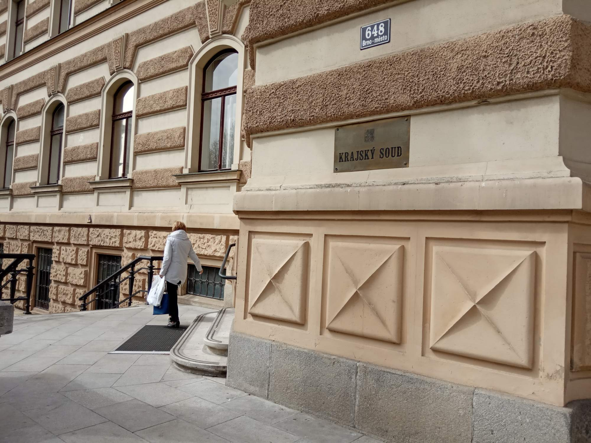 Krajský soud v Brně zmírnil trest obžalovanému, který pronásledoval bývalou přítelkyni. Foto: Anežka Horová.