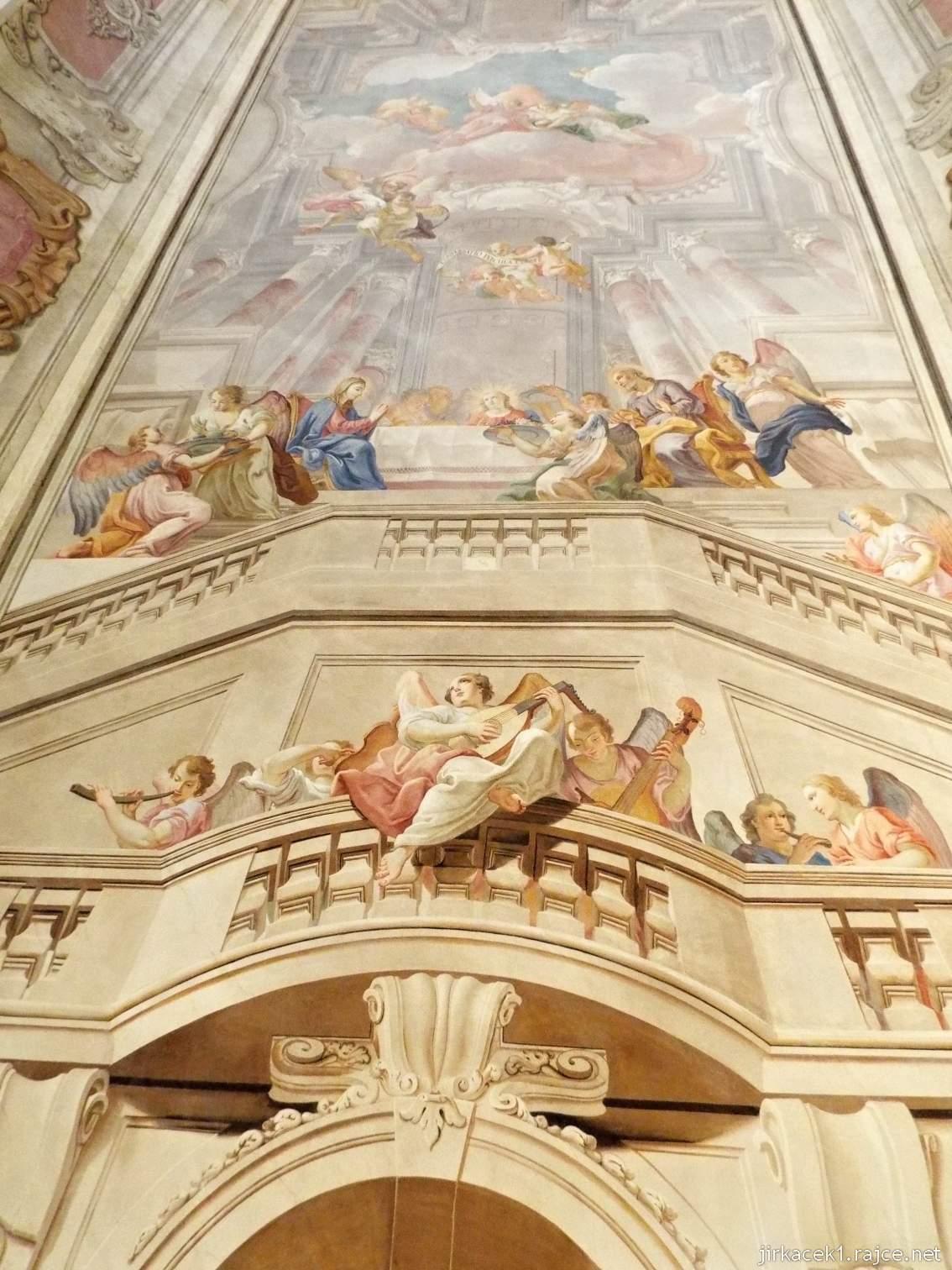 A - zámek Konice 64 - bývalá jídelna řádových bratří - freska na stropě Stolování Svaté rodiny