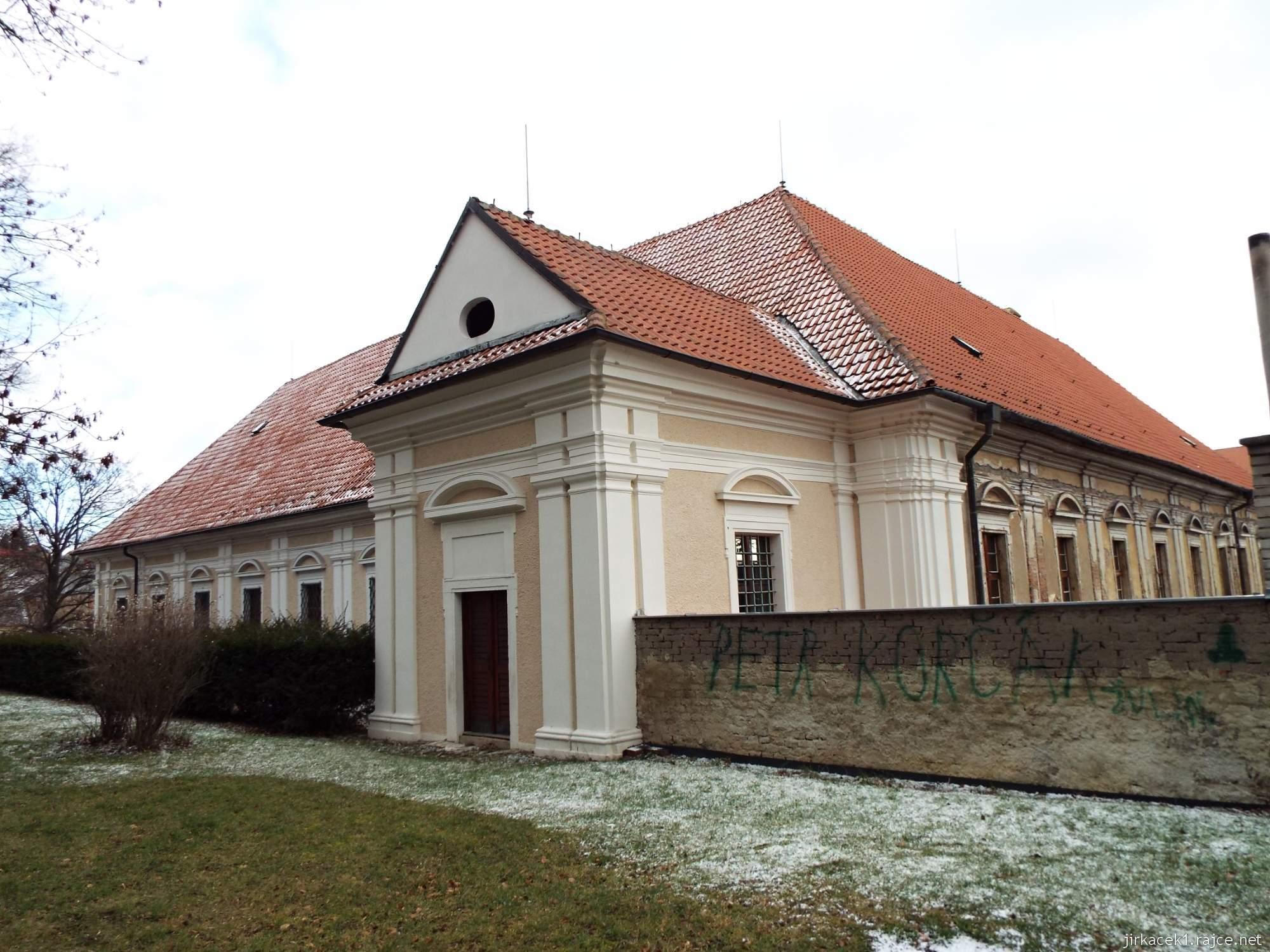 A - zámek Konice 74 - vstup ze zámku do parku - Horní zahrada