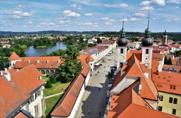 2019_náměstí Zachariáše z Hradce a Štěpnický rybník
